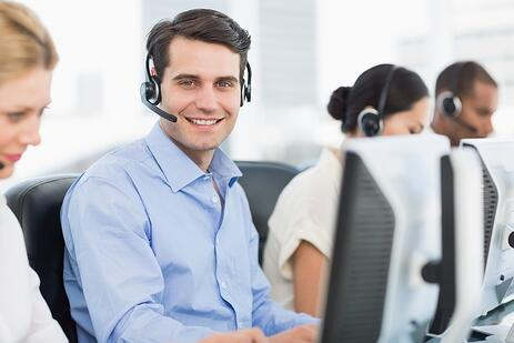 Customer support for commercial open source software